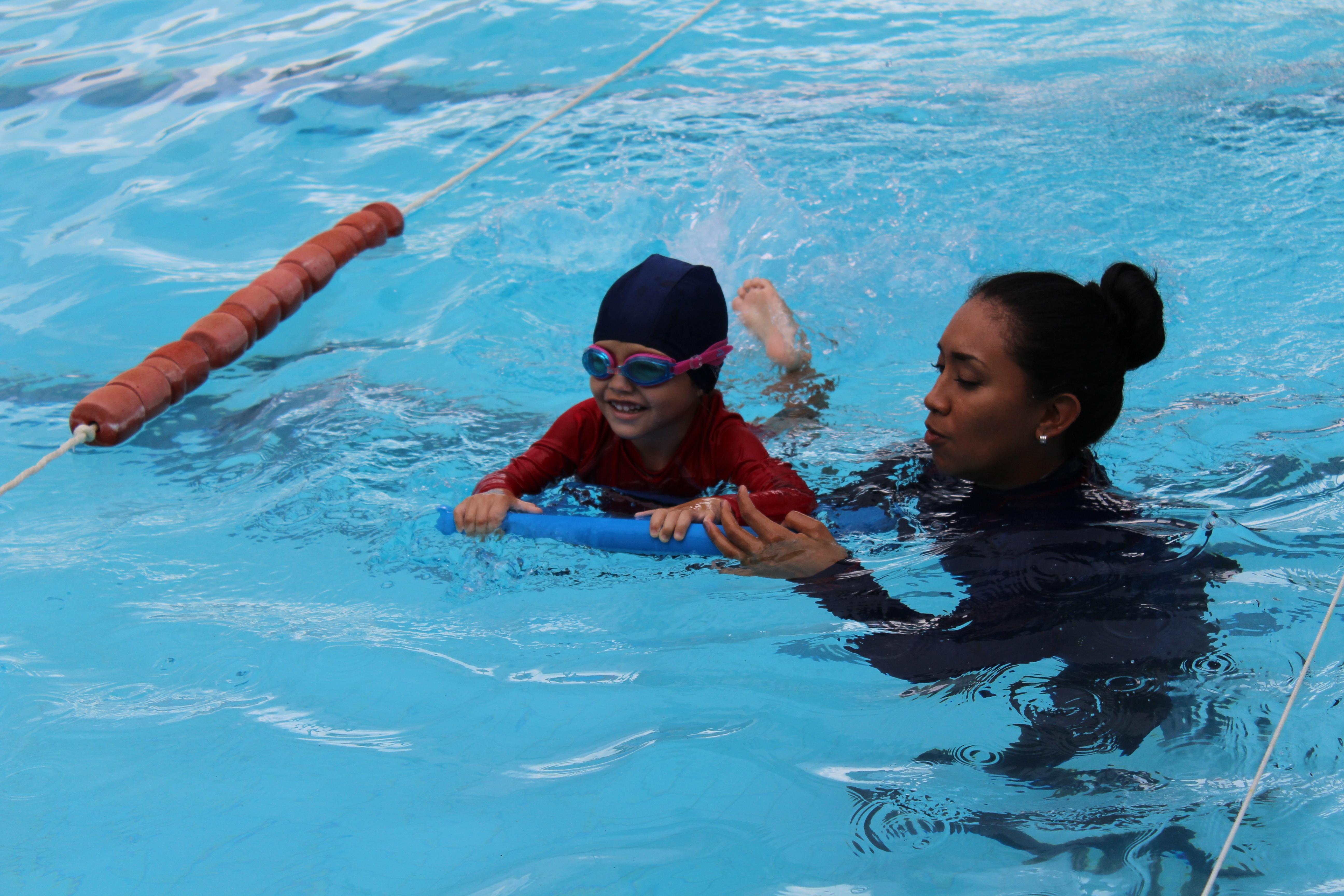 Clases de natacion en Merida- Rogers Hall